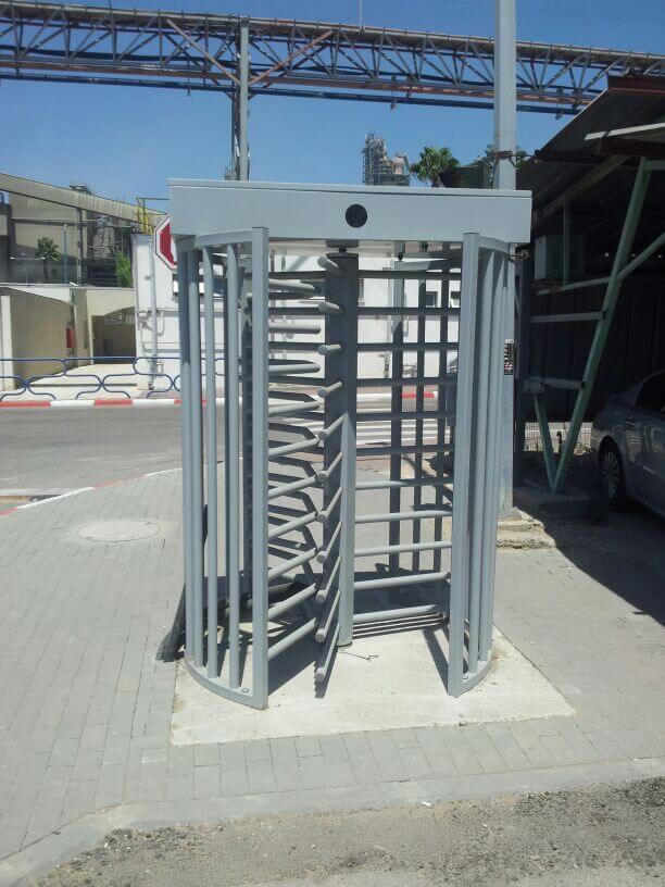 התקנת שערים חשמליים